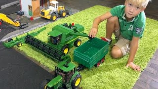 BRUDER Toys JOHN DEERE for Children Jack's BWORLD FARM all machines on duty! PART 8