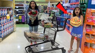 Deema Play Shopping for Surprise Birthday Party cake!