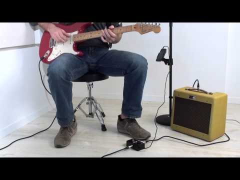 IRig Stomp Quick Demonstration - The First Stompbox Guitar Interface For IPhone/iPod Touch/iPad