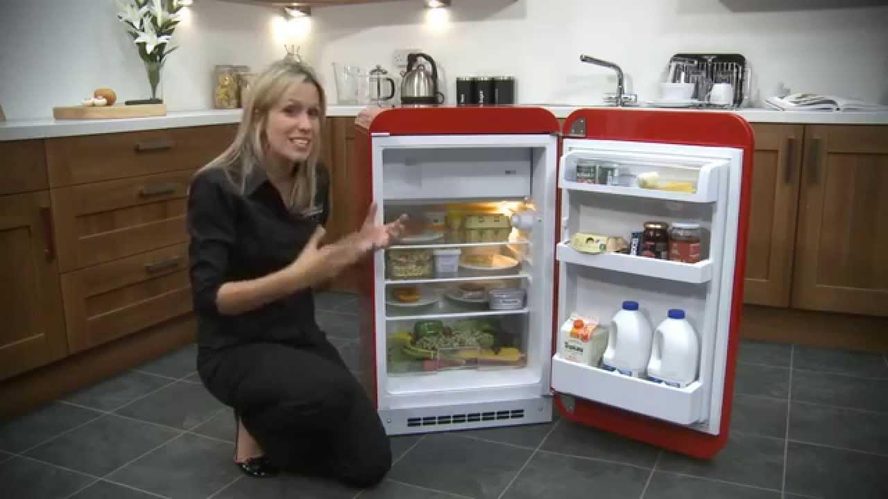 Frigo Smeg Anni 50 Piccolo frigorifero smeg anni 50 fab10rr ami il vintage?