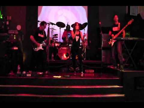 CRUSH performs BARRACUDA  by HEART - ...