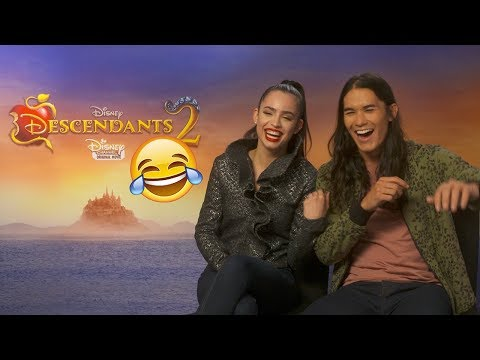 DESCENDANTS 2 Interview with Sofia & BooBoo 🌟 Funniest moments vlog! 😂✨ Girl Talk Magazine 💖