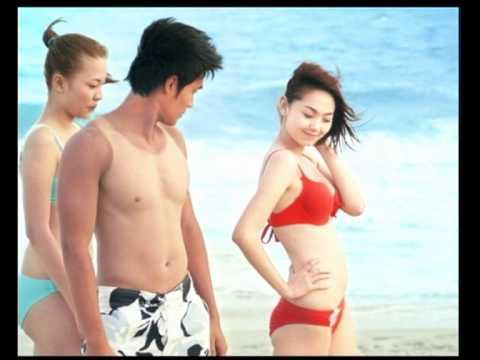Minh Hằng nóng bỏng cùng bikini