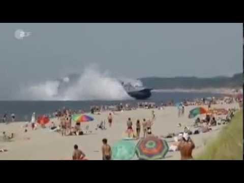 ZDF Kampfschiff erschreckt Badegäste an russischem Ostsee Strand