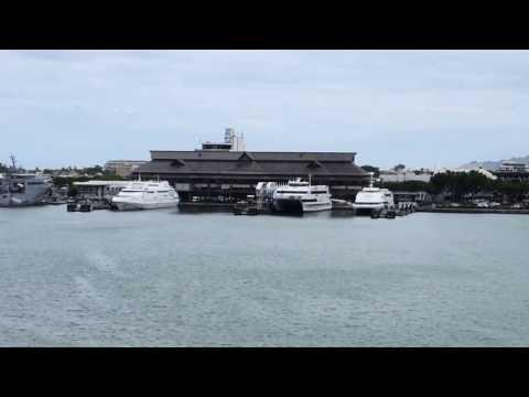 Papeete, Tahiti, French Polynesia - Aremiti Ferry 2 Papeete Arrival HD (2017)