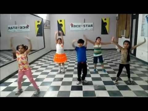 Abhi to party shuru hui hai dance steps for kids rockstar academy chandigarh