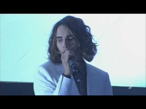 Showstopper Isaiah Firebrace Sings Halo By Beyonce