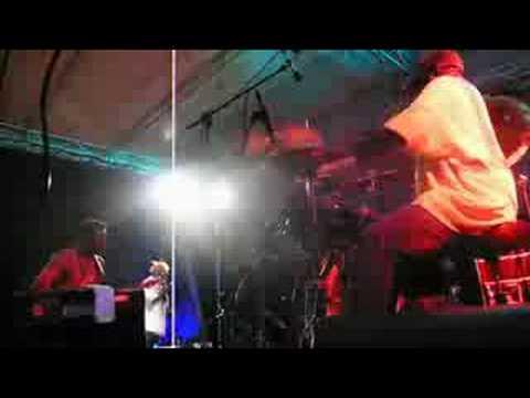 Foley hitting 'em hard at the Narni Black Festival 2008