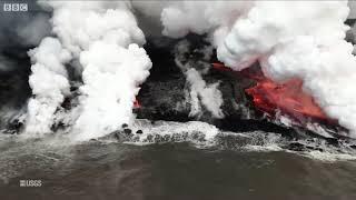 Kilauea volcano: Molten lava meets the sea (BBC News Telugu)