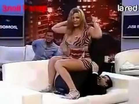 Нереально огромный хуй порно фото на ВУКУ