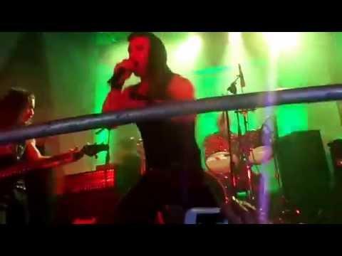SARATOGA - A SANGRE Y FUEGO 11/11/15 Arequipa
