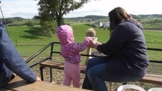 A Visit to The Farm in Walnut Creek, Ohio