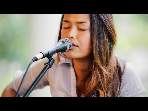 Ashley Lilinoe - Redemption Song (HiSessions.com Acoustic Live!)