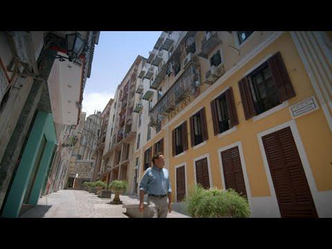 Exploring Macau with Julian Davison