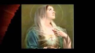 Quỳ Đây Khấn Dâng Lên Mẹ