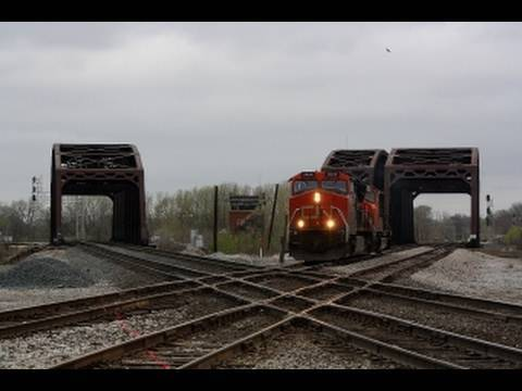 Download Chicagoland Junction Series: Railfanning Blue Island Crossing, 4-8-10.