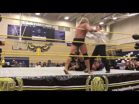 Von Erich's vs Arrow Club