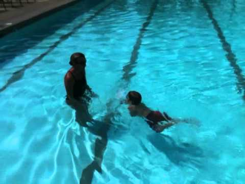 Infant Swimming Fresno Harlan Ranch Bullfrog Swim School Youtube