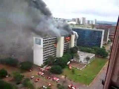Resultado de imagem para incendio em brasilia