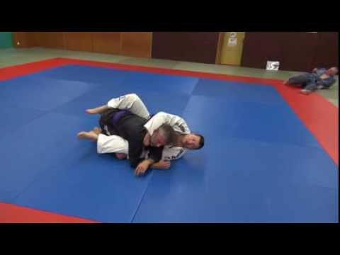 BJJ - Bow and arrow choke from guard