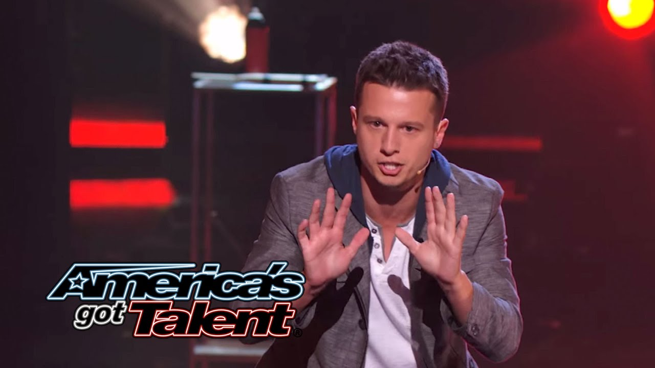 Mat Franco: Magician Uses Fire to Reveal Card Trick ...