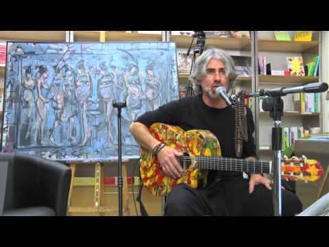 Claudio Taddei presenta il libro Ofrenda Presente al Caffè Culturale con live performance musicale