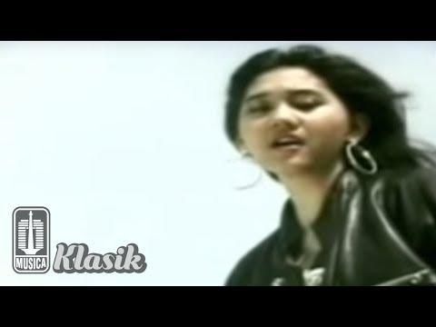 Nike Ardilla - Nyalakan Api (Karaoke Video)