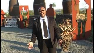 Mpumelelo Hlope - Esandleni Somusa