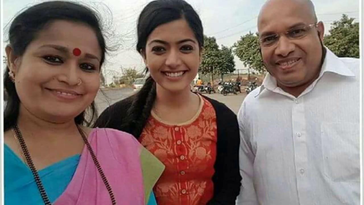 Actress rashmika mandanna hot beautiful sexy pics leaked for Hot family pics