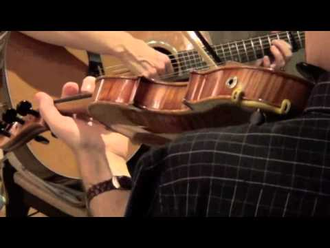 banna de dhá or Band of Two. Traditional Irish music for fiddle and guitar. mp3