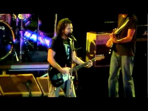 Pearl Jam Live at Madison Square Garden 2010