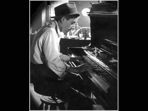 Hoagy Carmichael - The Darktown Strutter's Ball