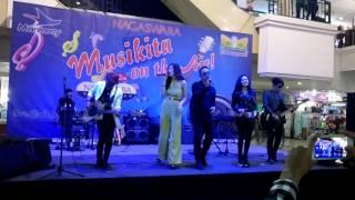 Hesty Klepek Klepek Bintang Band Neng Oshin Live Musikita