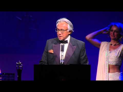 Outstanding Achievement in the Arts - Sir David Tang - The 4th Asian Awards