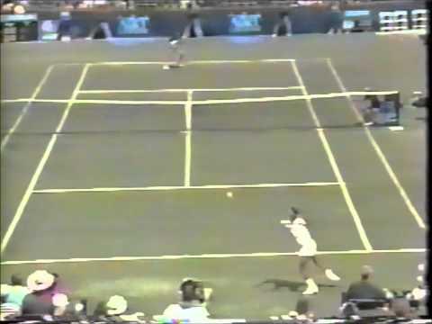 PimPumPam a Andre Agassi departe de Pablo Arraya