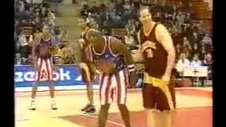 Мего финты в баскетболе (он просто издевается!)