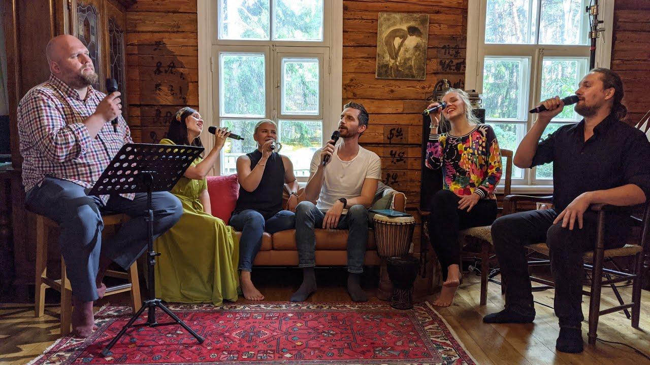 "Estonian Voices ""Leekiv armastus"" Live @ Estonian Voices camp"