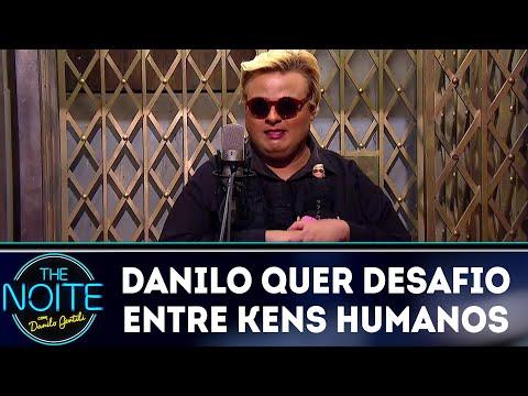 Danilo convida verdadeiro Ken Humano para um desafio   The Noite (20/04/18)