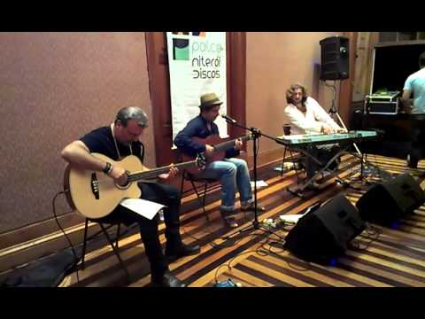 O projeto Palco Niterói Discos recebe Marcos Nimricheter