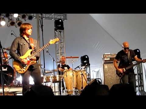 """Lukas Nelson & Promise of the Real - """"Down and Out / Money"""" - Harvest Music Festival 2012"""