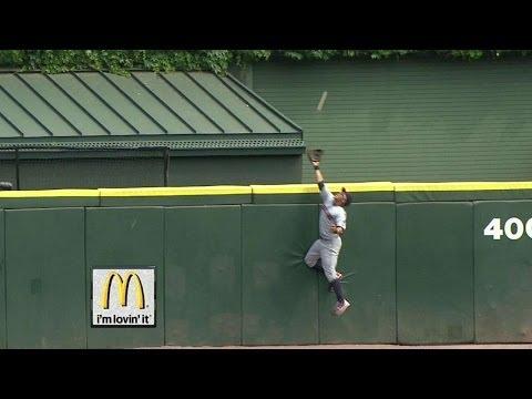 CLE@CWS: Brantley robs Rios of a three-run homer