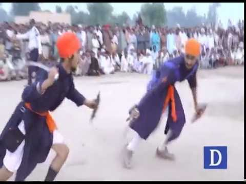 پیروارث شاہ کا عرس، سکھ نوجوانوں کے منفرد کرتب