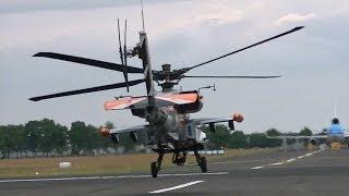 Luchtmachtdagen 2014 in Gilze-Rijen: Opstijgen van de Apache AH-64
