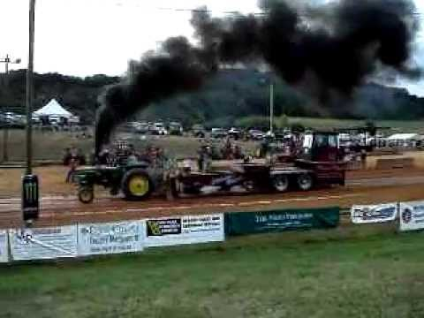 Superstock Tractor Pull Fishersville,Va. At Expoland 8/11/2011