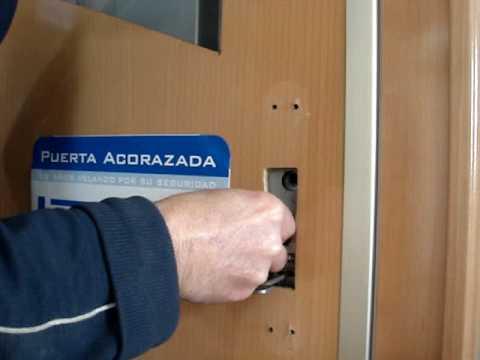 Cambio llaves puertas kiuso youtube - Puertas kiuso ...