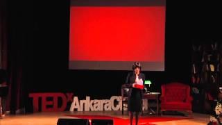 The little codes of the future: Mehpare Kınık Ustomar at TEDxAnkaraCitadel