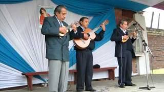 Los Hermanos Alvarado - Huayno: Chaska Lucero