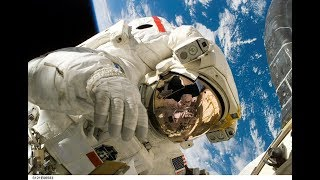 Spacewalk in Virtual Reality - BBC