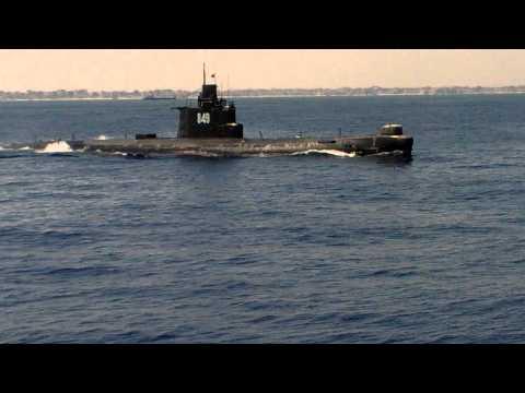 Подводная лодка в