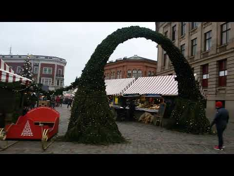 DOME SQUAER 2018 january RIGA OLD TOWN X-mas market